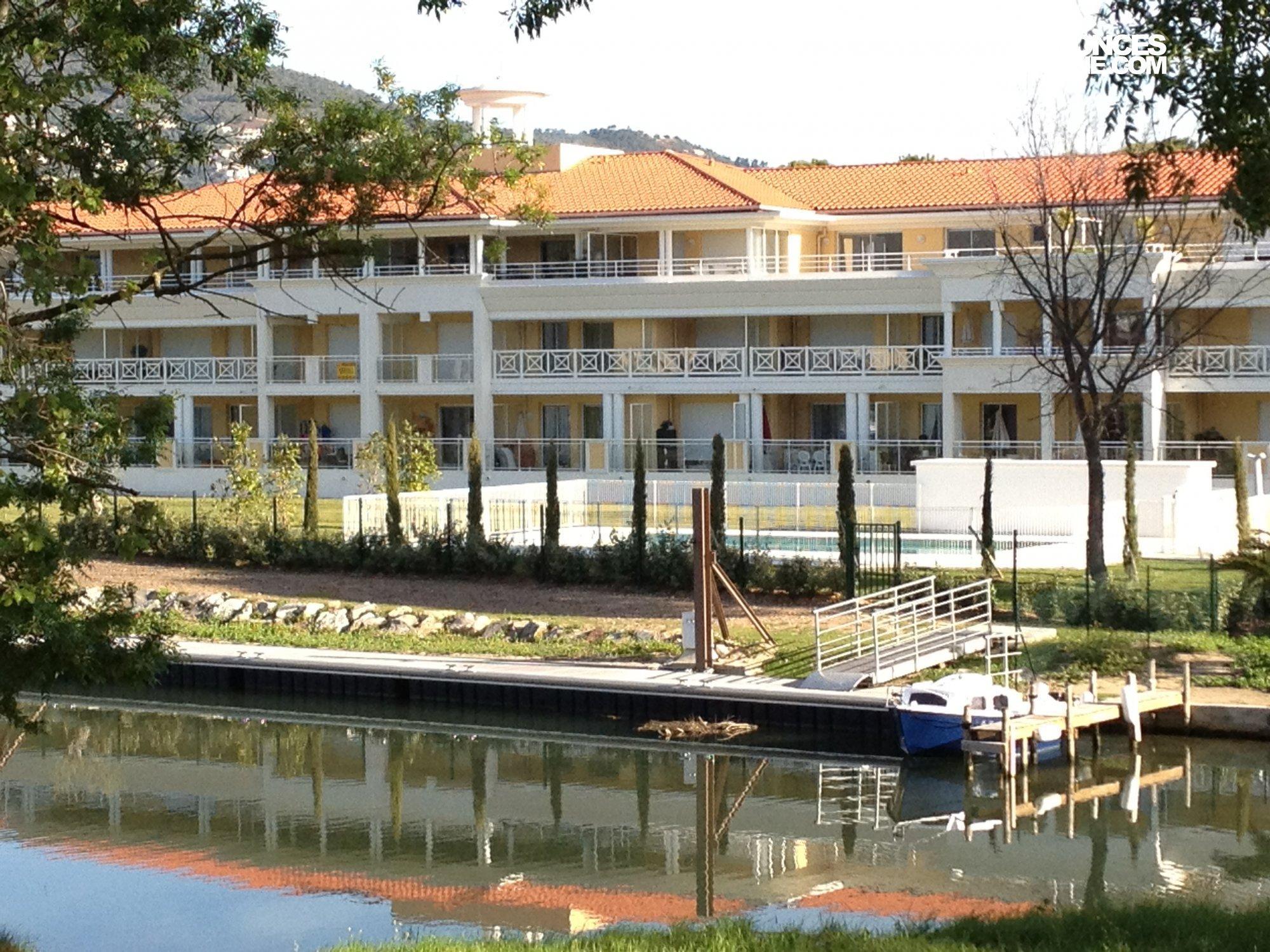 Ponton La Louisiane - Mandelieu