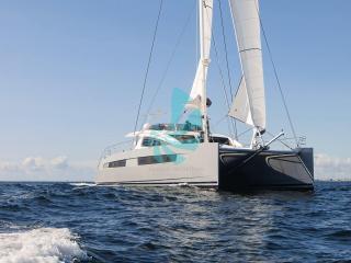 Catamaran PRIVILEGE Série 6