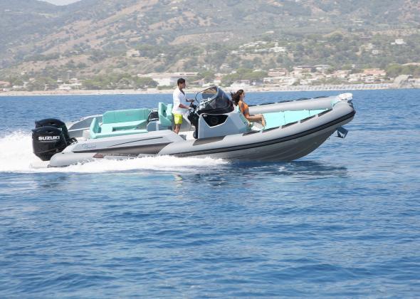 Semi-Rigide RANIERI Cayman 27.0 Sport Touring