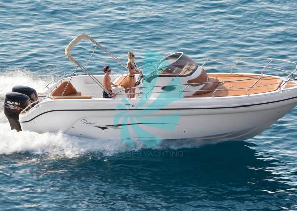 RANIERI Shadow 30 Sundeck Boat