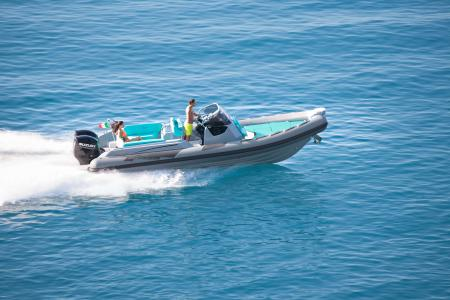 Les semi rigide Ranieri : Cayman Line