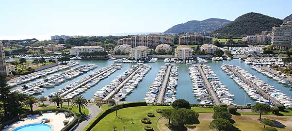Port Cannes Marina Mandelieau - ©Ville de Mandelieu La Napoule - Vente place de port Amber Yachting